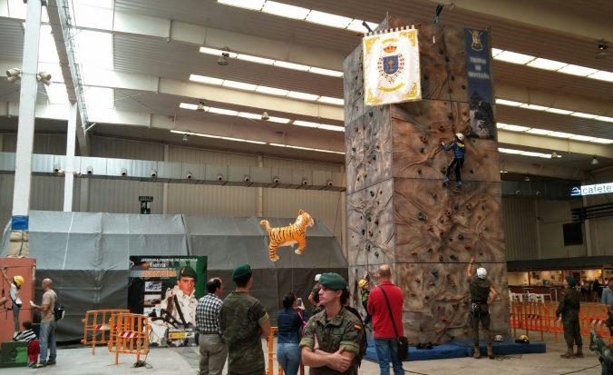El fin de semana, los más jovenes podrán disfrutar del rocódromo infantil en el Palacio de Congresos de Huesca