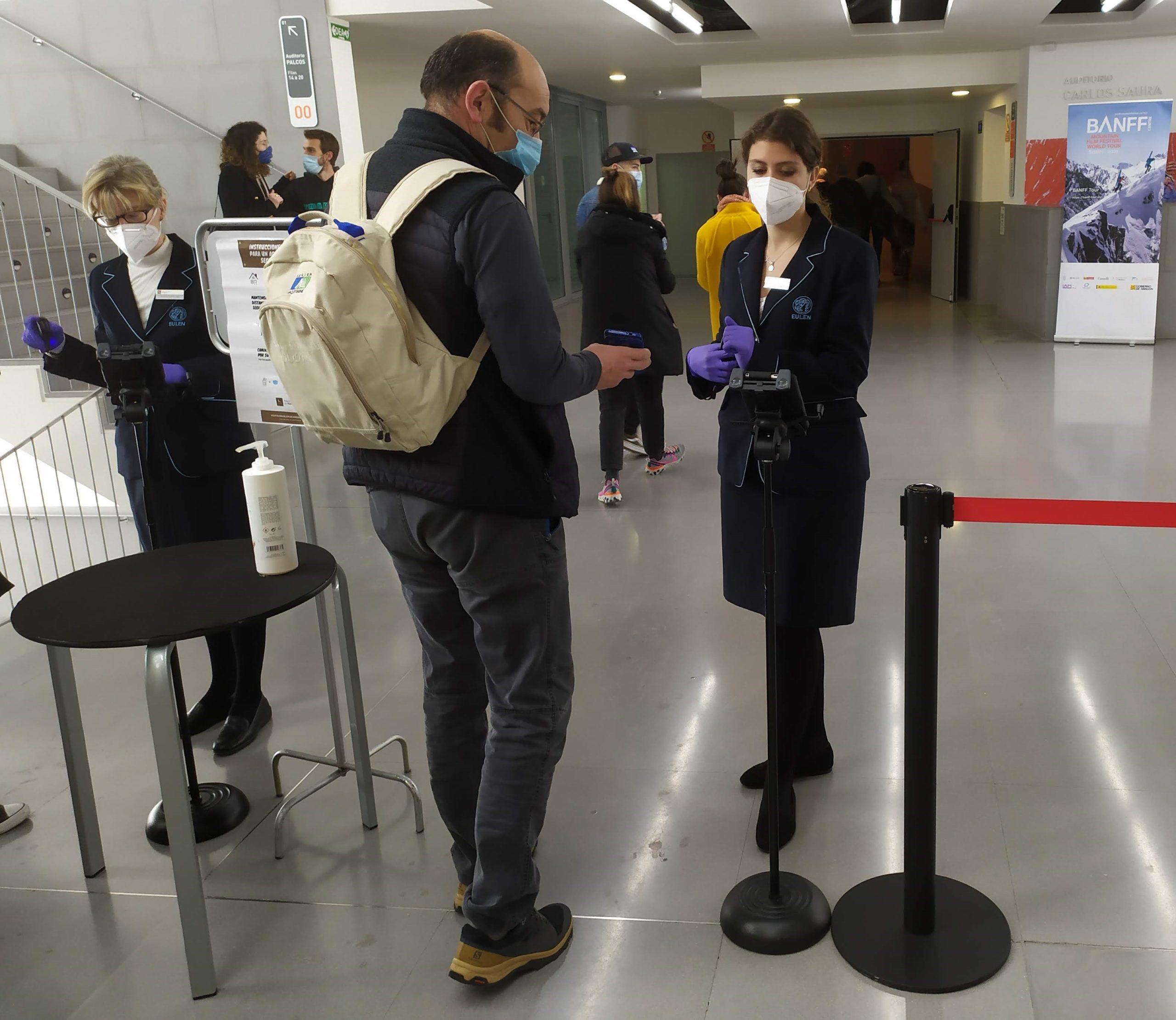 El respeto de las medidas sanitarias fue estricto en cada una de las sedes.